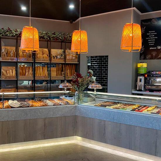 Decoracion-pasteleria-delicias-de-gala-alicante-decorfret-montaje-de-tiendas-3